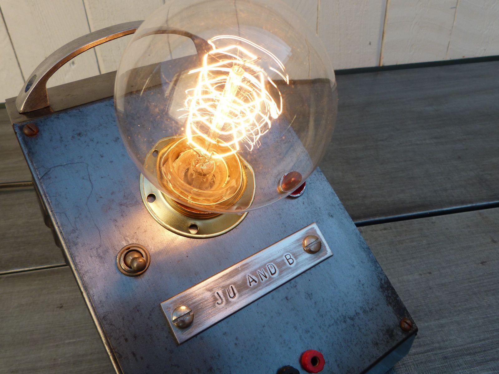 Créations indus ancien pyrograveur 60's lampe metal recup art