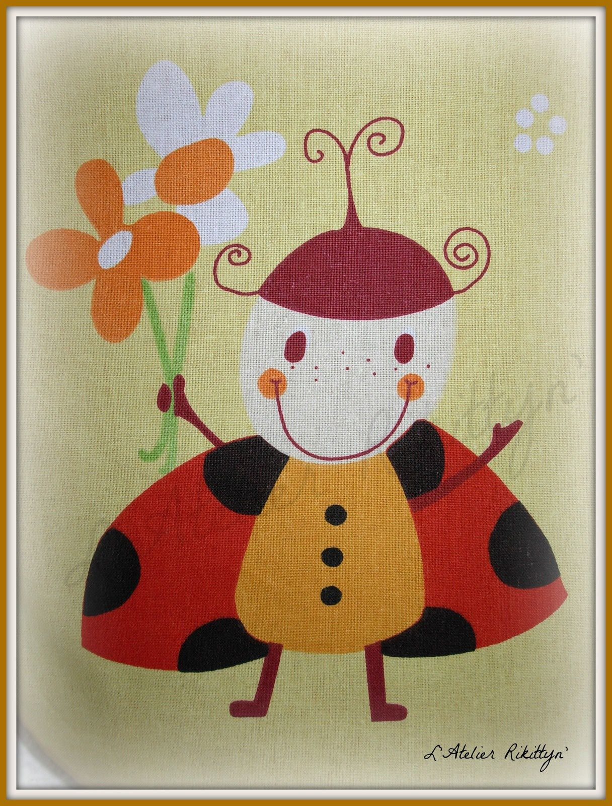"""06.09.2014 - Ensemble """"Bébé Préma N°3 : turbulette, bavoir et petit bonnet à petites oreilles - Coton et Polaire rouge et jaune."""