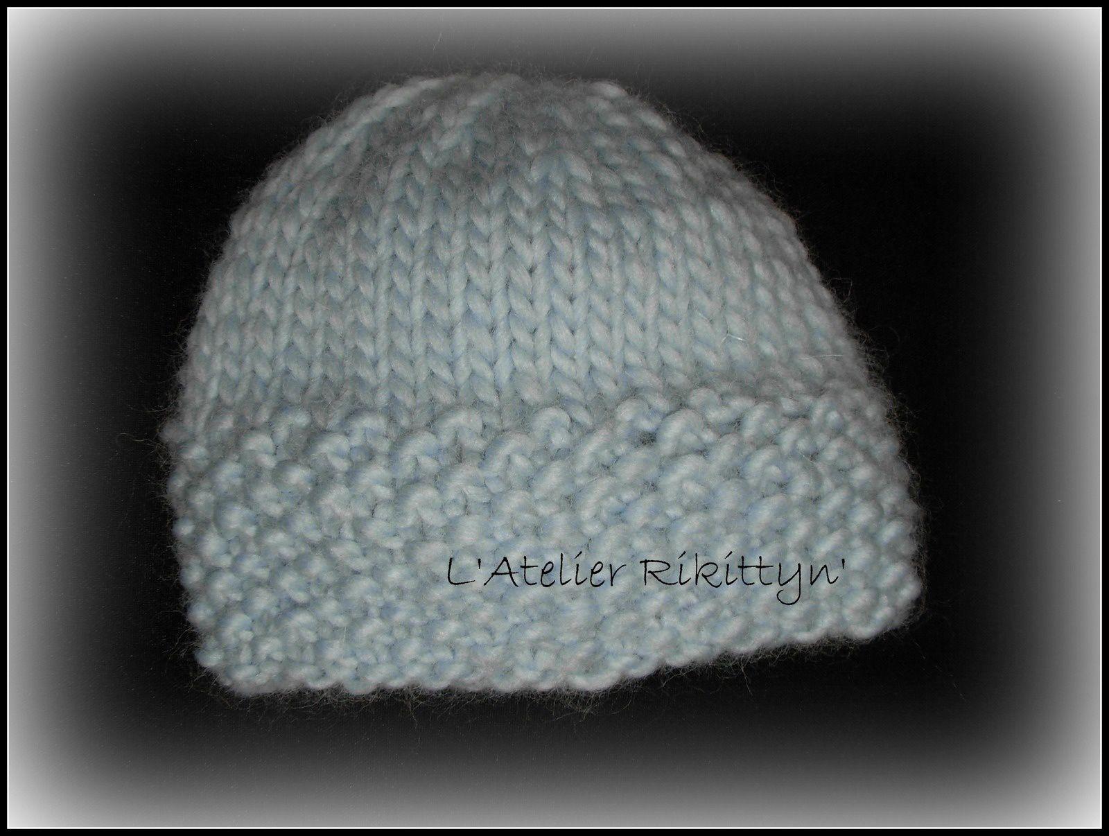 2013.12.02 - Bonnets bébé au tricot