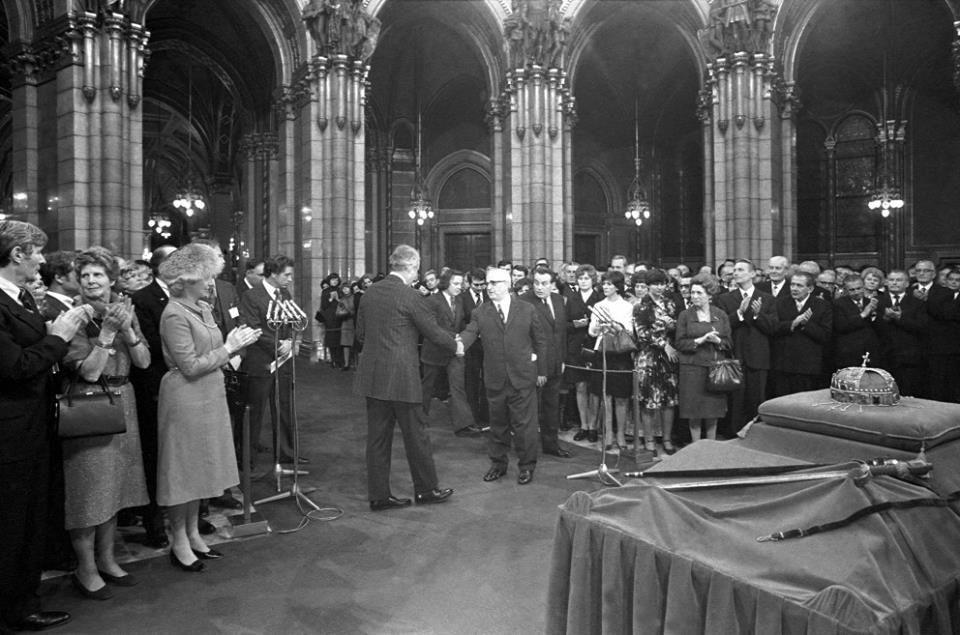 Il y a 39 ans, la Couronne de Saint Etienne revenait en Hongrie