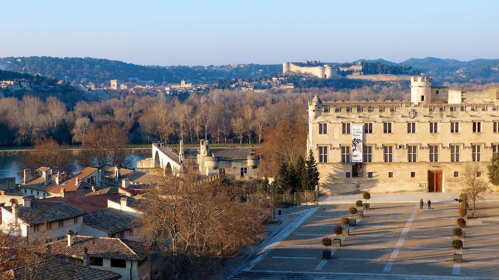 À LA DÉCOUVERTE GRIGNAN ( 26 Drôme) AVIGNON (84 Vaucluse)