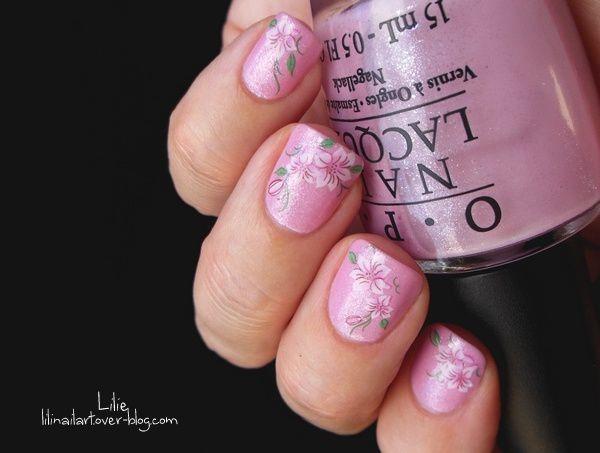 Nail Art Fleurs Elégantes &amp&#x3B; Bijoux Chéris