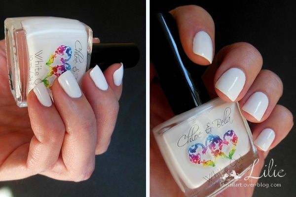 Chloé &amp&#x3B; Bella White Out // Nail Stamping Flocons