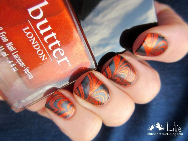 Nail Art effet water marble