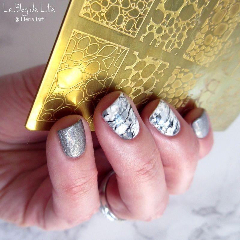 Nail Art White Marble