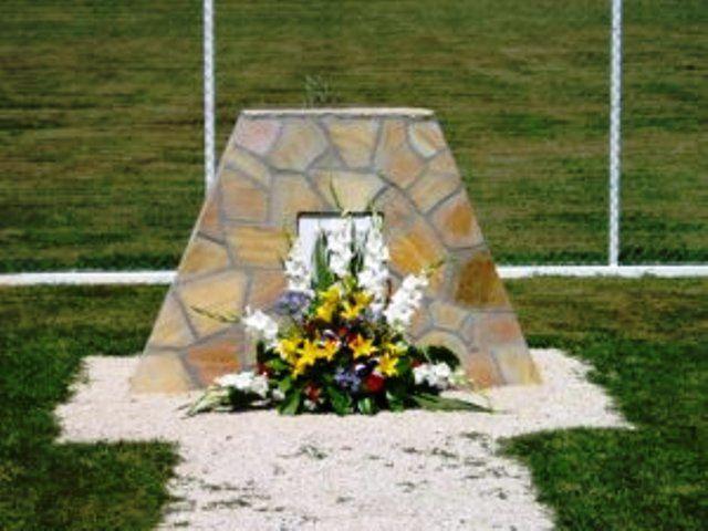 Ici repose les cendres du chien Gamin ce fut une émouvente histoire de cette guerre d'Algérie et du 4e RH