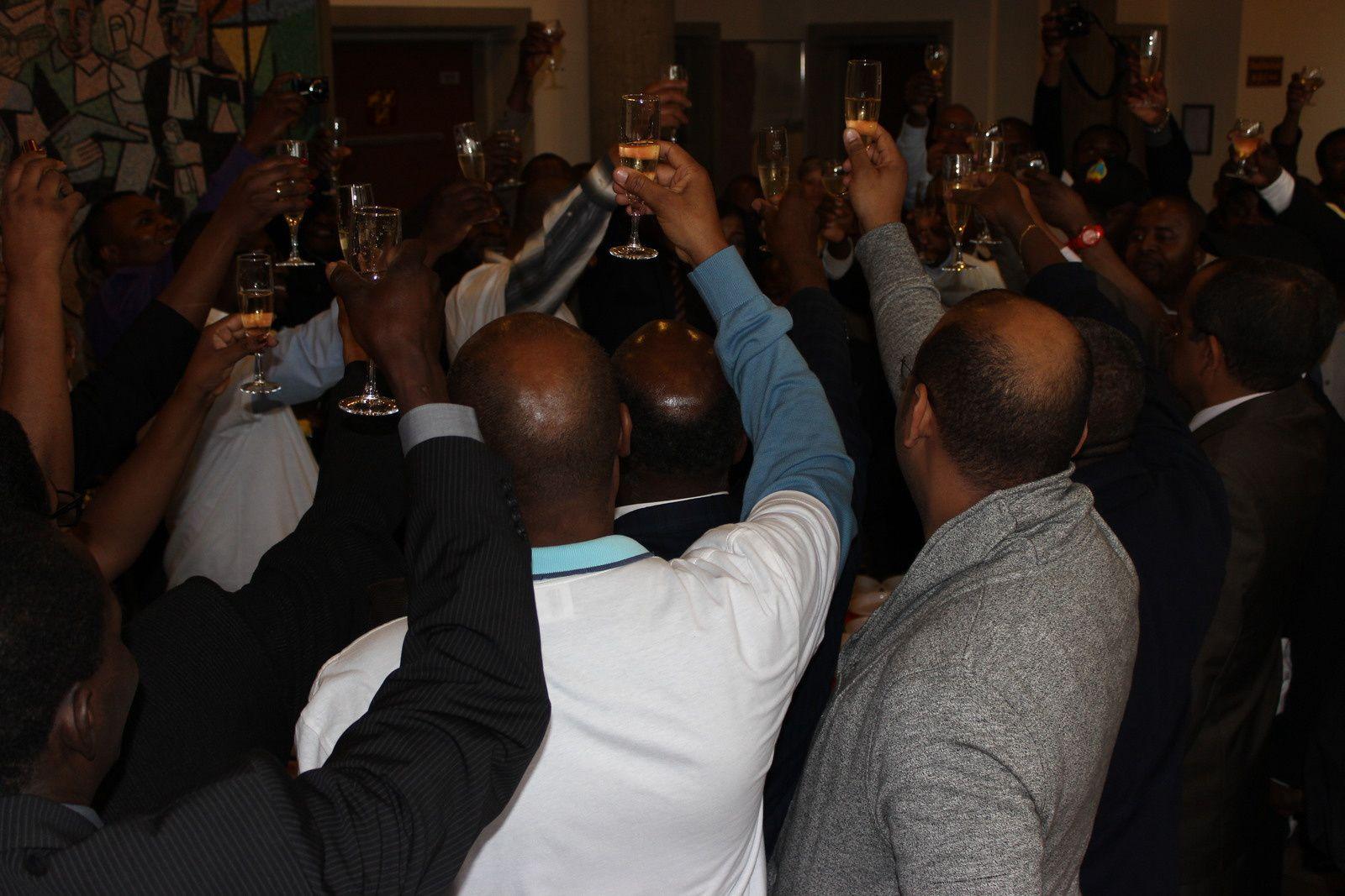 A Comunidade angolana na Confederaçâo Helvética, celebrou hoje, o dia da Paz em Angola, sem cores partidárias.
