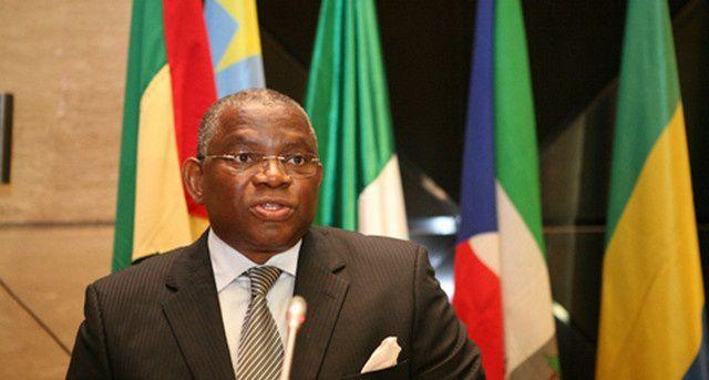 Ministro das Relações Exteriores apela denúncia à imigração ilegal