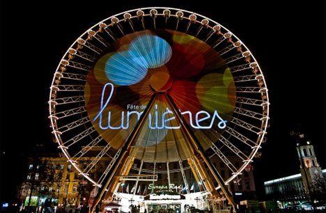 Ici (à Lyon), nous fêtons la fête des lumières (avec les enfants de tous les âges)