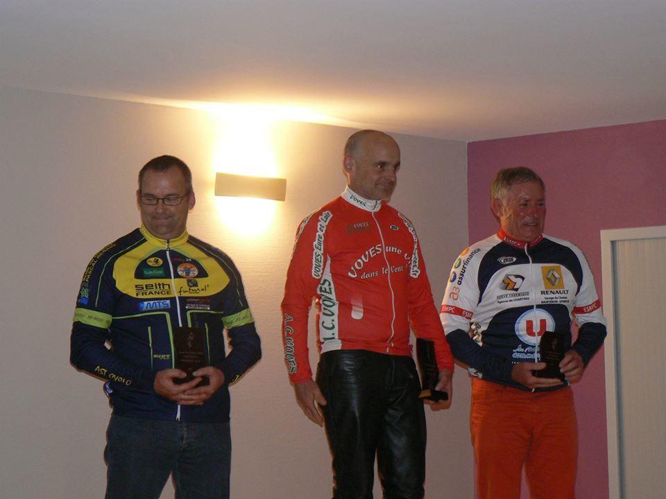 En GSA, 1er Dominique Leroux (AC Voves), 2ème Stéphane Cahours (AST Chateauneuf) et 3ème Denis Becquet (ES Maintenon P)