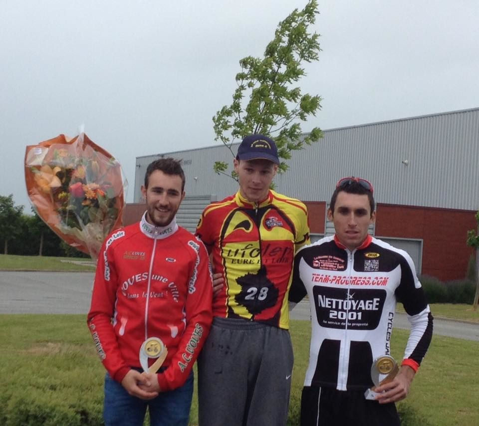 podium des 20-29 ans - photo compte facebook Laurent Ernou