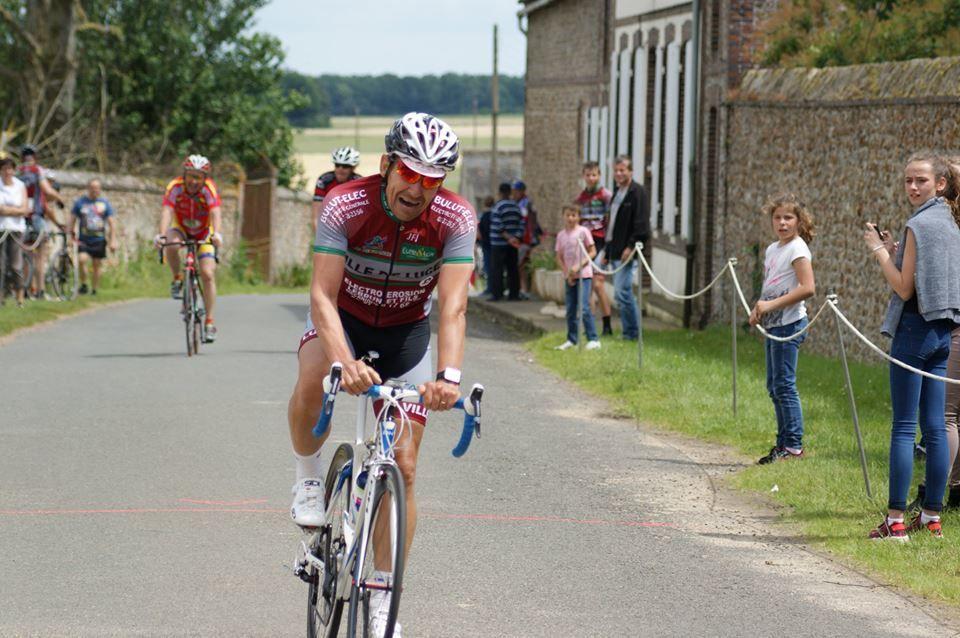 Thierry Nicholas champion D4