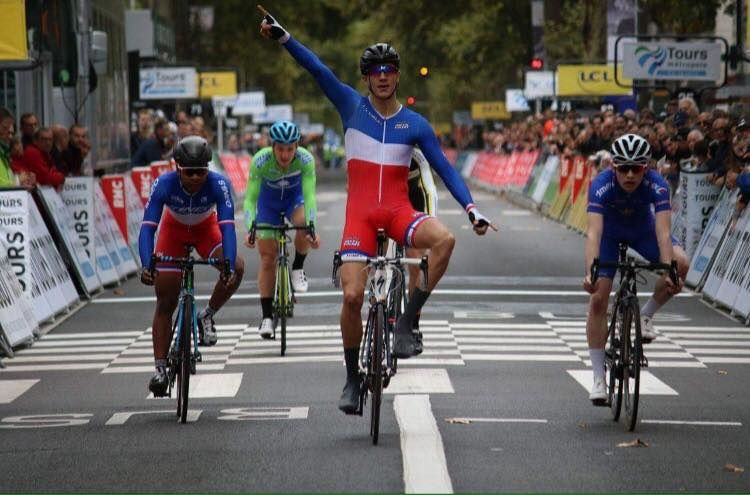 Hugo page es auneau remporte le km paris tours cadets for Auneau paris