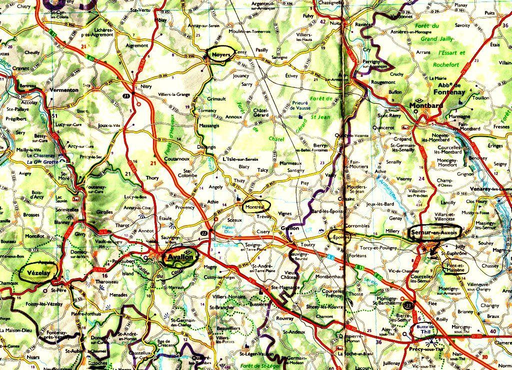 A droite de la Carte, vous avez sur la droite Semur- en- Auxois entouré d'un cercle noir et en-dessous à droite Pont et Massène et donc le Lac de Pont