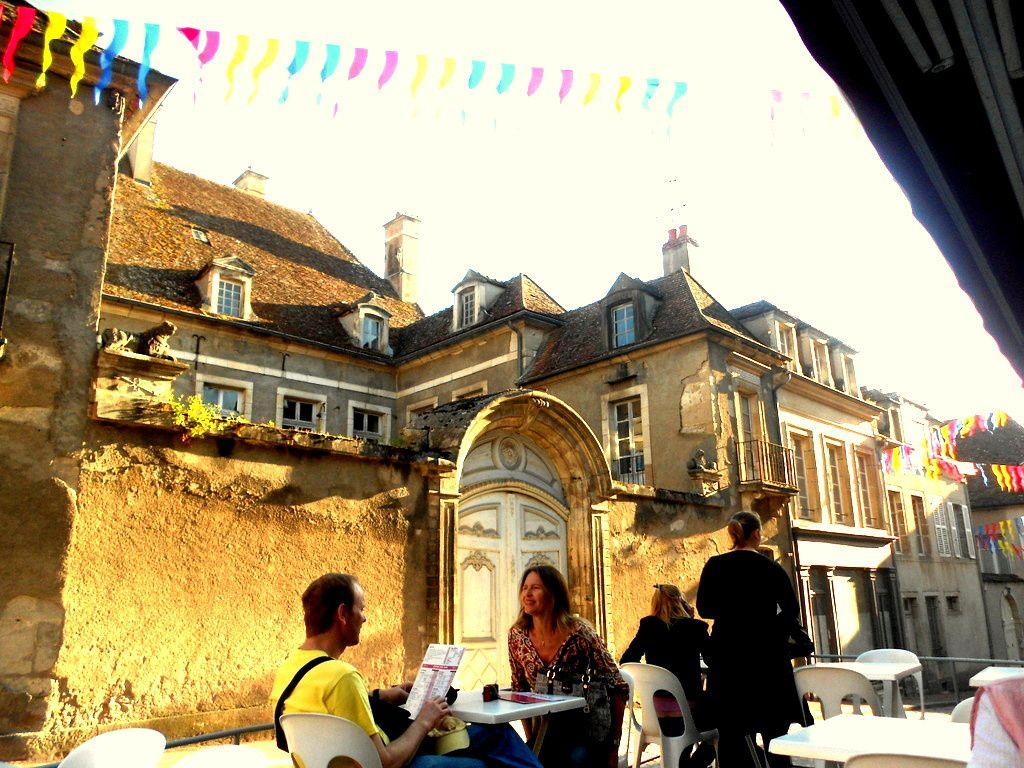 La Collégiale Notre-Dame- La porte de Sauvigny-Resto L'Omnibus (Ex-Goulue)- Le Café des Arts