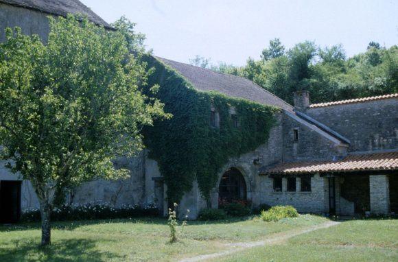 Catalogue du Musée Zervos et ensuite La Chapelle de la Cordelle