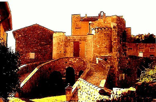 Nicolas dans son atelier, sa maison à Antibes où il s'est suicide, le château de Ménerbes qu'il a acheté pour se rapprocher de Jeanne Mathieu et qu'il a peint