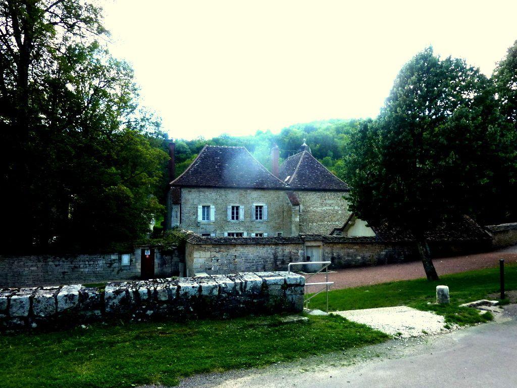 Henri Vincenot et &quot&#x3B;La Peurrie&quot&#x3B;, en Bourgogne. Visite