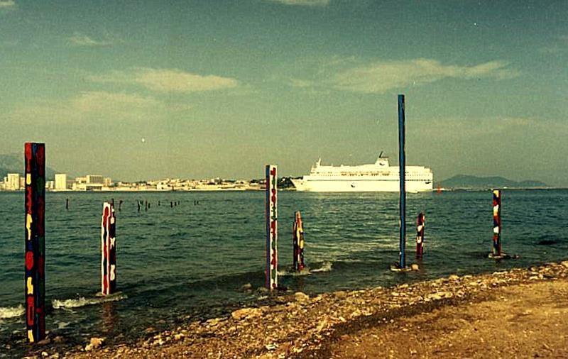 Implantation de totems au Fort de l'Eguillette-Rade de Toulon-La Seyne-sur-Mer, 1991 et 1992