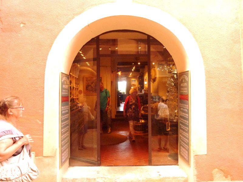 Roussillon-Le sentier des Ocres et le village en 2013 et 2015