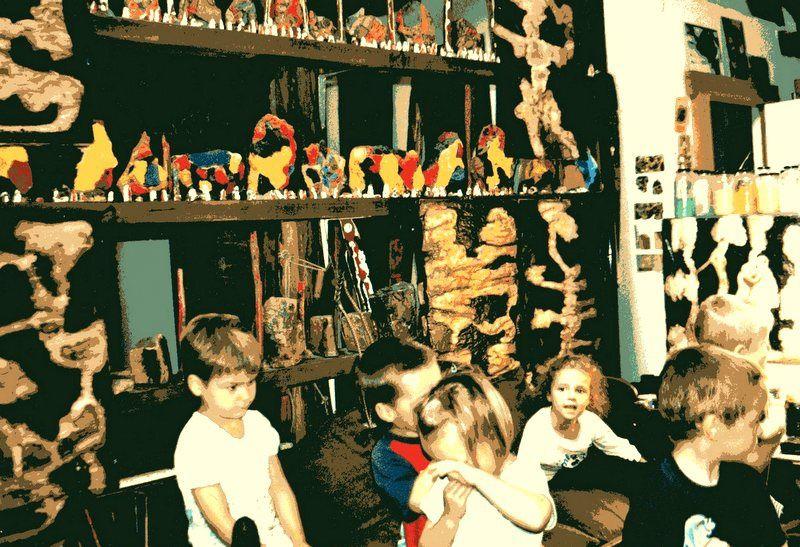 Les deux visites de deux classes de l'école de Moircy, les 12 et 19 septembre 2003. Ensuite la carte collective de remerciements