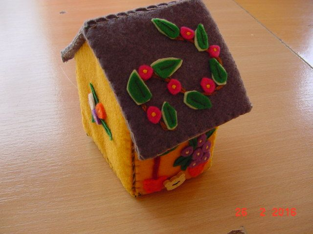 petite maison pour bobines ou autres trésors