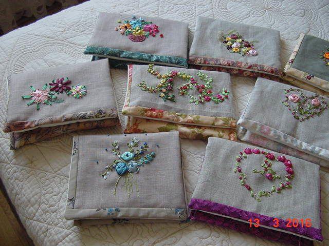 petites pochettes broderies ruban soie pour les copines