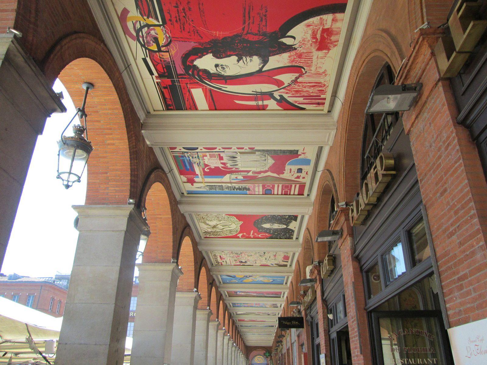Brèves de trêve... Les tableaux de Moretti ornant les arcades du capitole