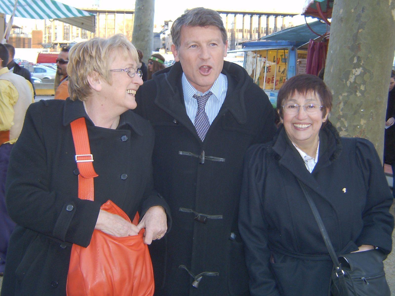 Election municipale de Niort en 2008. dernier meeting . Geneviève, Vincent et Pilou.