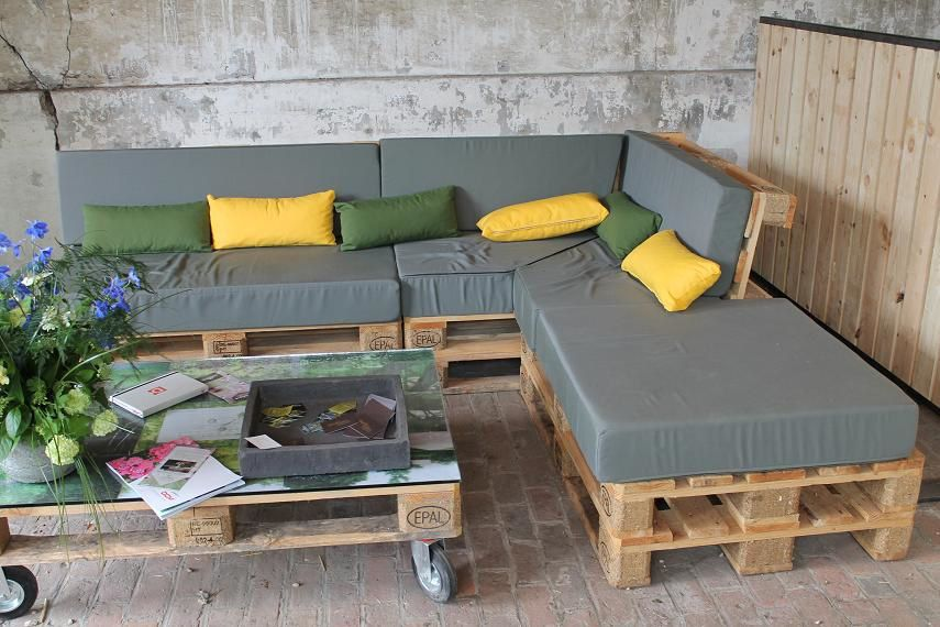 Salon de jardin en bois de palette for Destockage plantes jardin