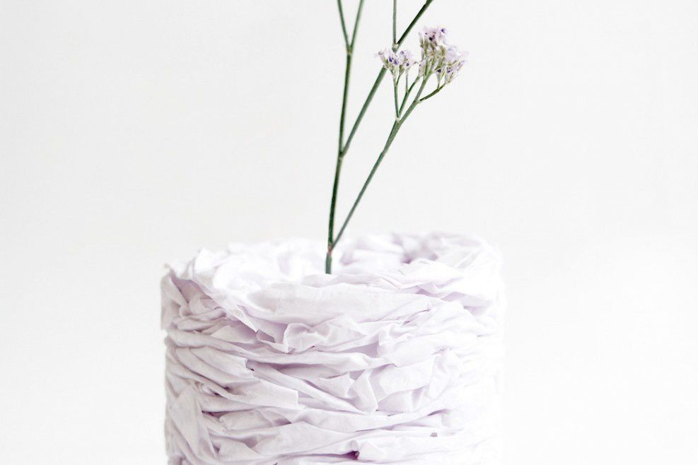 Vase en papier pour décorer utilement son poste de travail