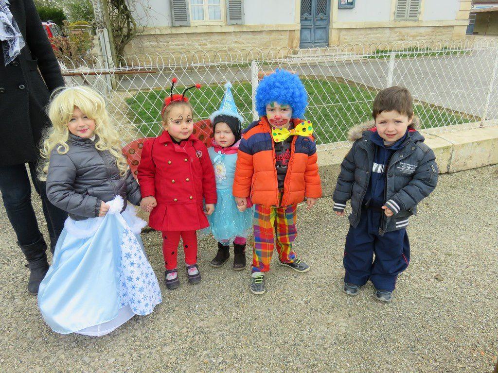 Les petits ont fait carnaval et créé des costumes