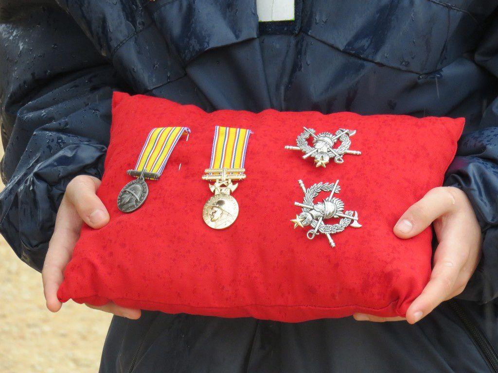 Pluie de médailles et de récompenses pour les pompiers.