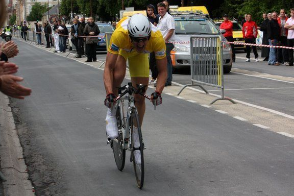 Mathieu lors de sa victoire aux Boucles de la Marne 2009