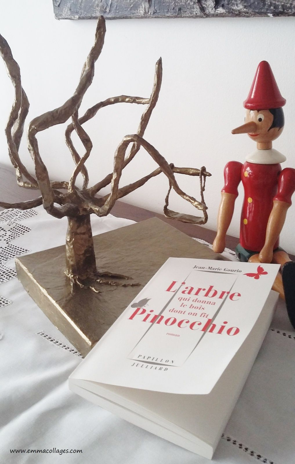 "#VendrediLecture du 06 mai 2016, "" L'Arbre qui donna le bois dont on fit Pinocchio"" de Jean-Marie Gourio aux Editions Julliard."