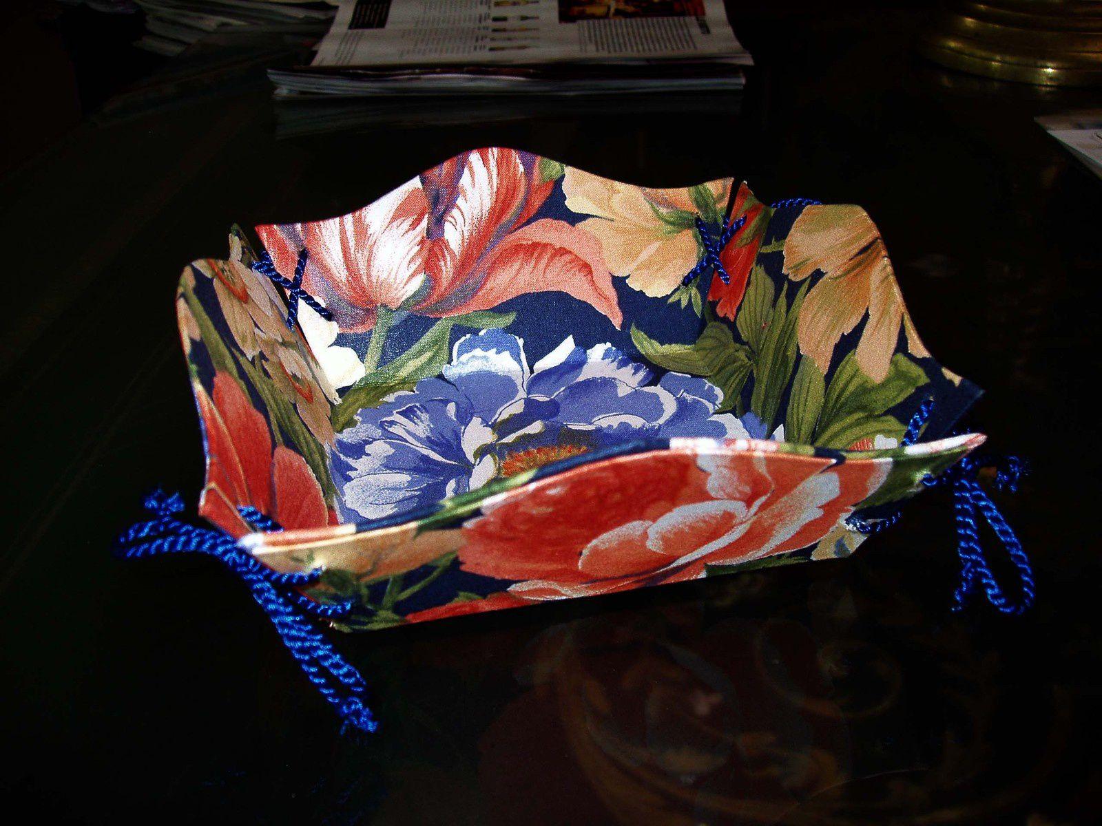 Vide-poche habillé de tissu . Geneviève L.