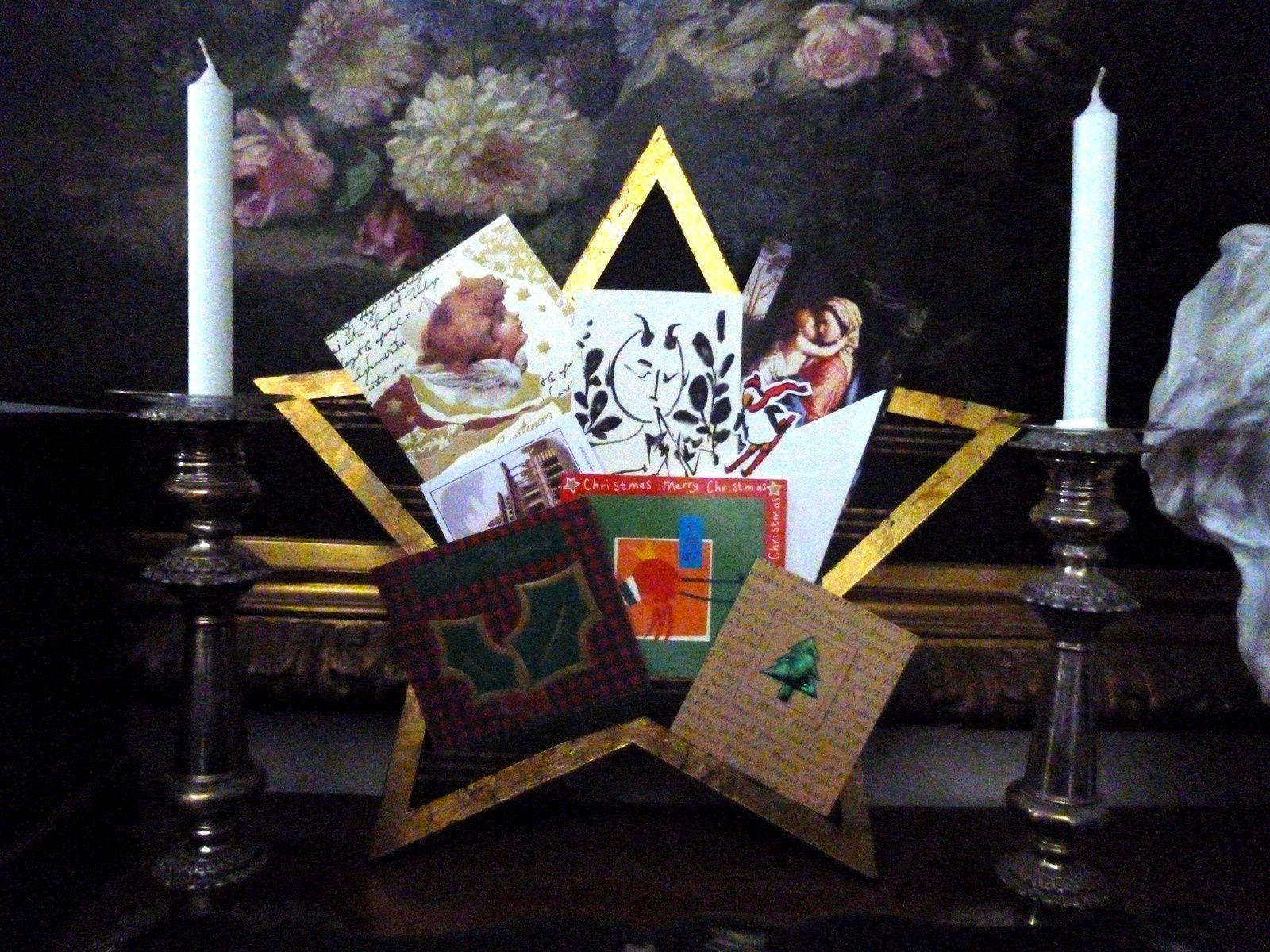 Gros plan sur l'étoile pèle-mêle, recueil de cartes de voeux