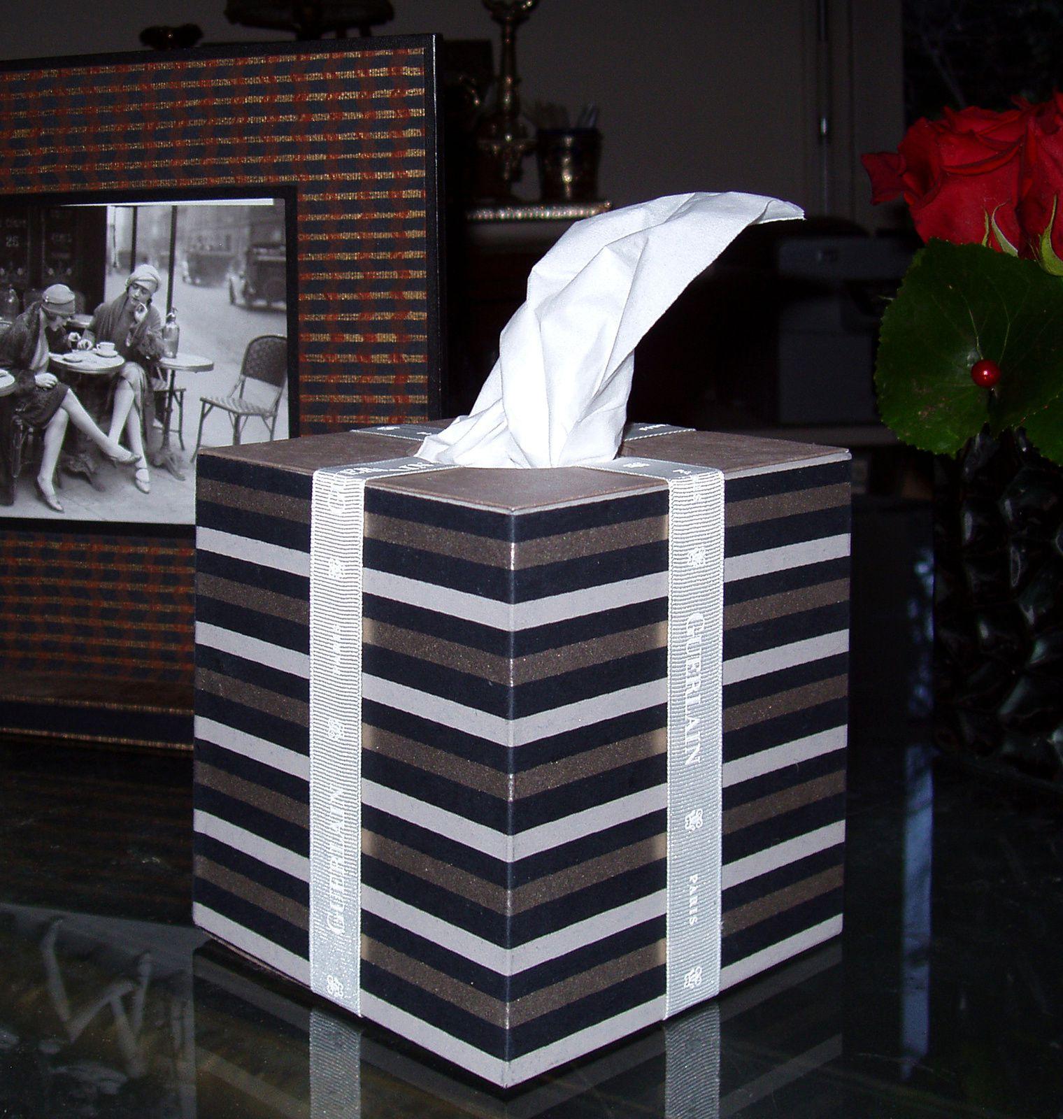 """Pour un effet """"paquet cadeau"""" plus réaliste : du ruban de récup !"""