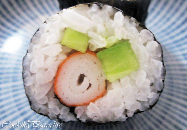 Maki au concombre-surimi