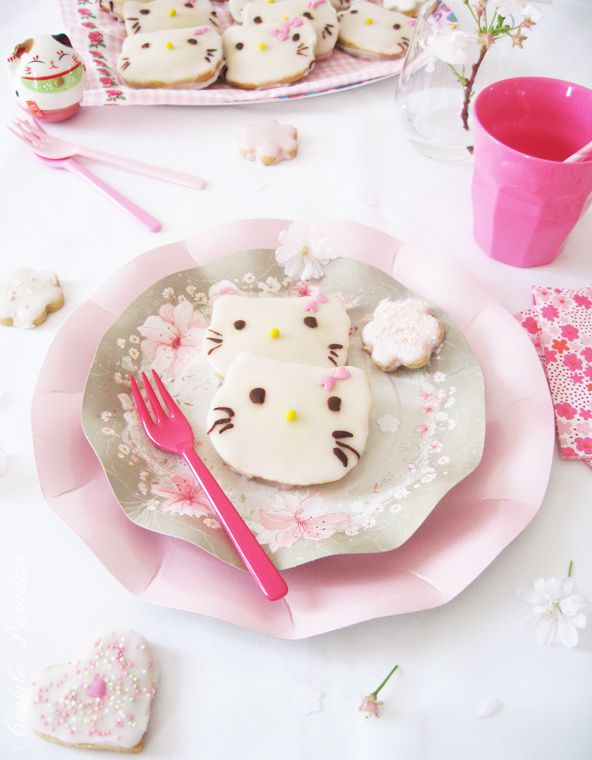 Spring is here…Kawaii, mimi, yummy biscuit d'Hello Kitty ♥
