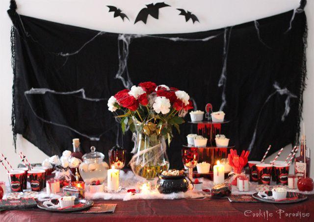 Table de fête d'Halloween Vampire Morsure Sanglante