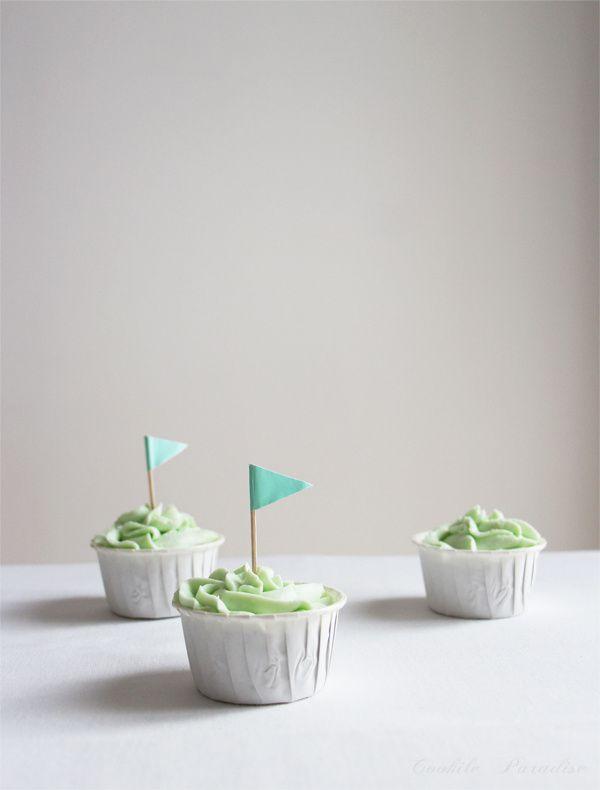 Un peu de douceur… Cupcakes au chocolat fondant &amp&#x3B; glaçage à la pistache pour un baby shower