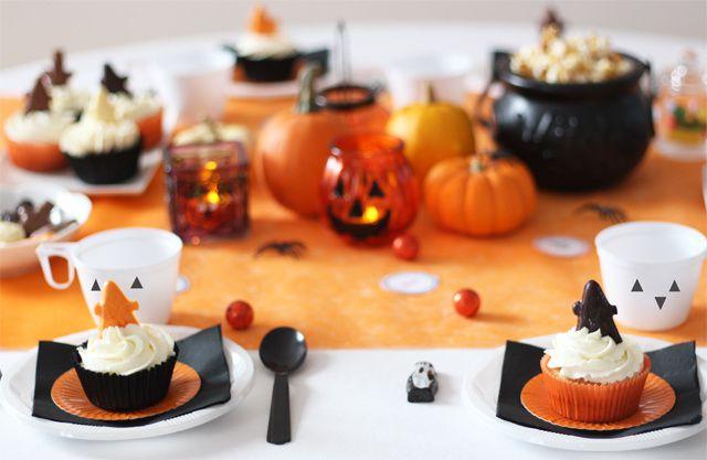 Goûter d'Halloween avec des cupcakes fantômes à la citrouille &amp&#x3B; cie