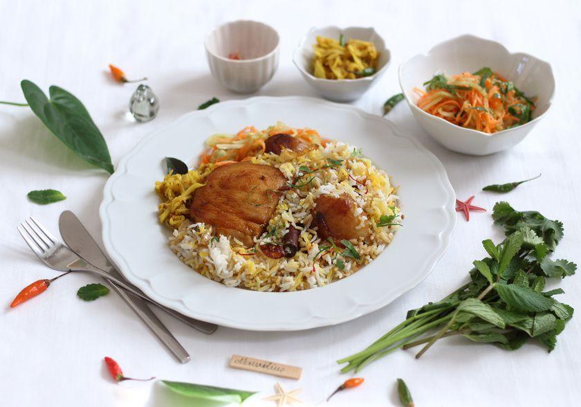 Briyani de poisson, salade de carotte-concombre à la coriandre-menthe &amp&#x3B; kutcha de pomme verte à la vanille