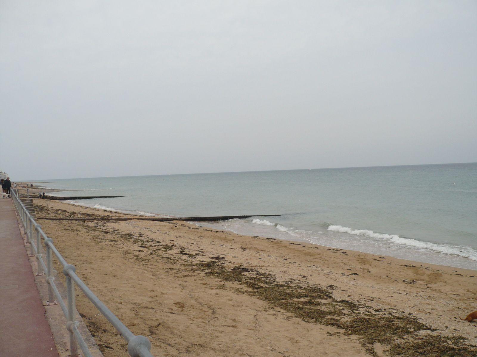 La plage de Luc-sur-Mer dans le Calvados