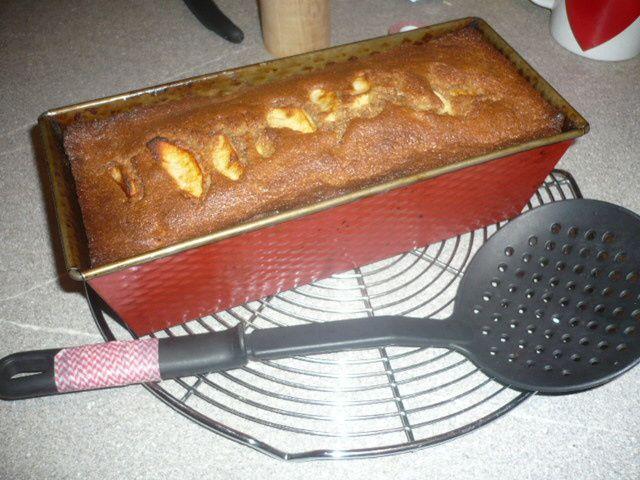 Succulent cake noix, pommes, cannelle de Béatrice Peltre