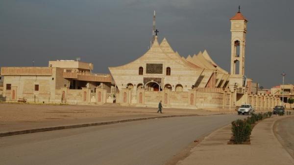 IRAK : Qaraqosh, la plus grande ville chrétienne, prise par l'Etat Islamique