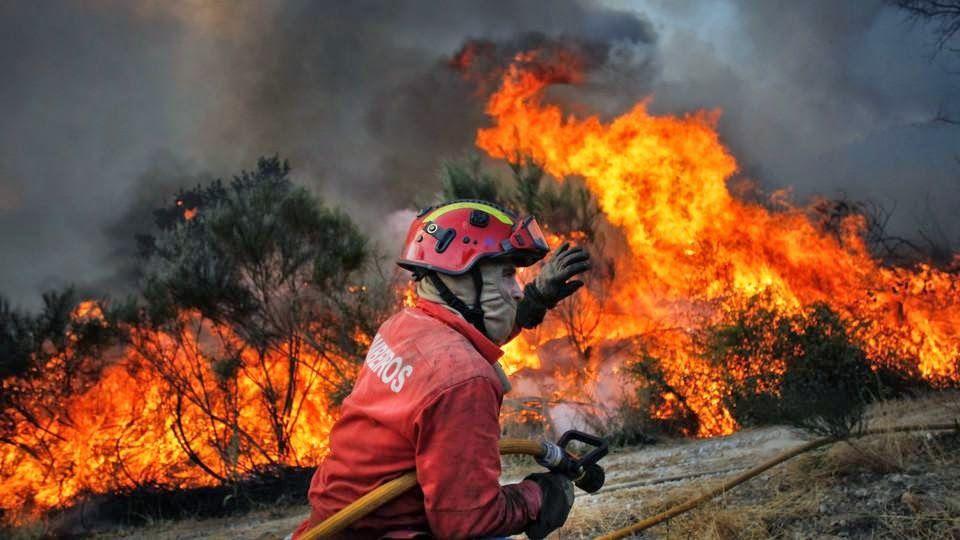 Incendie au Portugal: 62 morts, le pays décrète trois jours de deuil national
