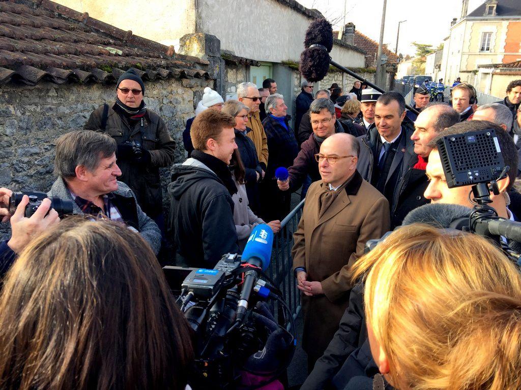 Quand Bernard Cazeneuve en appelle aux mânes de François Mitterrand. Ou le coup de pied de l'âme à Macron.