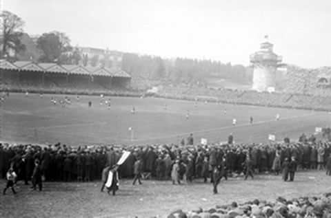 A Crystal Palace. Burnley-Liverpool, finale de FA Cup 1914 (1-0).